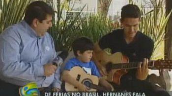 Colegulul lui Radu Stefan de la Lazio, Hernanes,face SHOW la chitara alaturi de copilul sau! VIDEO