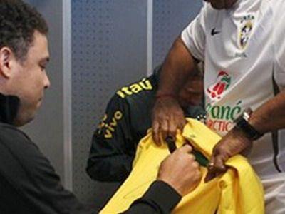 """EL este omul la care va ajunge ULTIMUL tricou al lui Ronaldo: """"Il cunosc pe Ronaldo dinainte sa fie FENOMEN"""""""