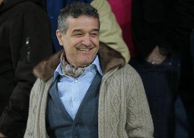 Becali, acuzat de FURT! Cum a fentat Liga pentru a-l aduce pe Moraes la Steaua: