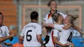 FEMEILEpreiau controlul! Uite cum A RUPT AUDIENTA la Cupa Mondiala nationala de fotbal a Germaniei: