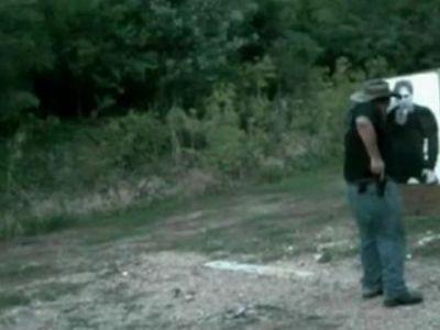 PROSTIE RARA. Un cowboy se impusca singur in picior! VEZI VIDEO