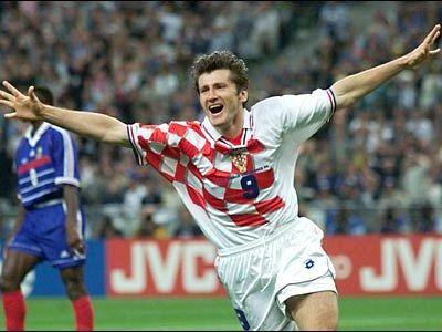 E ultimul om care a dat gol Romaniei la Cupa Mondiala! Suker a declarat RAZBOI jocurilor electronice! Povestea penalty-ului din Franta, '98!