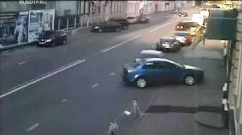 ACCIDENT HORROR in Rusia! Un Nissan GT-R de 500 de cai spulbera un sir intregde masini parcat pe dreapta!