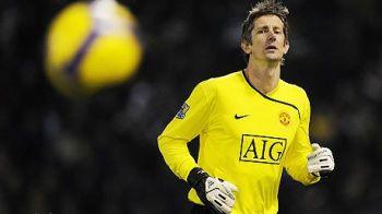 Zvonul care ii face pe fanii lui United sa tresara! Van der Sar vrea sa REVINA pe teren!
