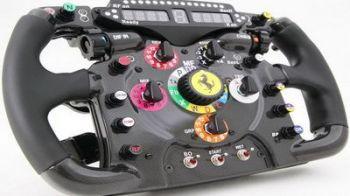 Cat de tare! In sfarsit, poti sa-ti cumperi volan de F1... cum au Alonso si Massa!