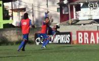 VIDEO SENZATIE! Ronaldinho a revenit in FORTA! Doua goluri din foarfeca reusite in cateva minute! Vezi faza