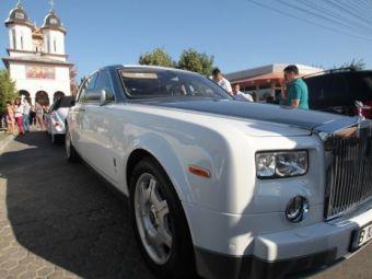 VIDEO Asta e cadoul lui Gigi pentru Borcea: Rolls Royce alb, la mana a doua!