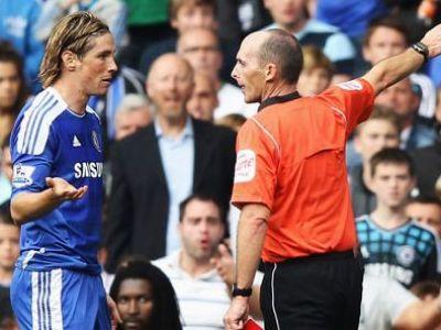 """Torres si-a pierdut mintile dupa ratarea cu United! A luat primul ROSU de la venirea in Anglia! The Sun: """"Ce IDIOT!"""" Ce meciuri pierde:"""