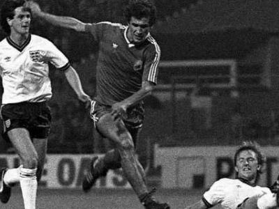 """""""Un roman a FURAT Gheata de Aur""""! Atacantul ISTORIC pe care Ronaldo n-are cum sa-l ajunga VREODATA! De ce rad spaniolii de recordul unui fotbalist URIAS"""