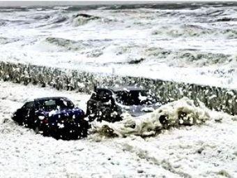 VIDEO: Imagini spectacol !S-a deschisprima spalatorie naturala, cu spuma si gheata din mare !