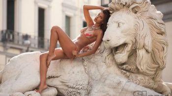 """Irina e ferma: """"Nu as poza niciodata in Playboy!"""" Probabil ar imbraca-o prea mult! :)) Vezi cele mai sexy fotografii cu iubita lui Ronaldo"""