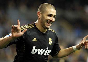Geniul lui Mourinho a decis: Malaga 0-1 Real dupa o gafa fabuloasa a lui Caballero! Real are 96% sanse sa joace cu Barcelona in sferturile Cupei! Vezi golul aici: