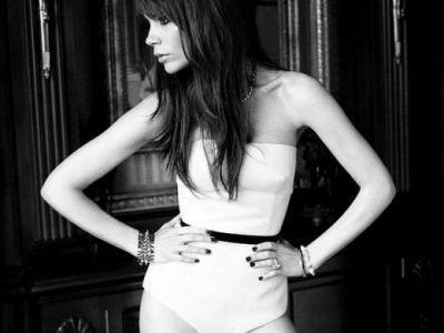 FOTO: Fotografiile sexy cu care Victoria Beckham a innebunit 15 milioane de oameni in 2012!
