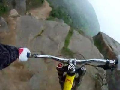 Cursa SINUCIGASA! Isi da drumul cu o bicicleta VARZA de pe un munte pentru o experienta incredibila!