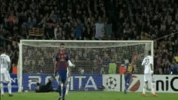 Cea mai tare faza pe care n-ai vazut-o la Barca - Milan! Dovada ca magicienii lui Pep sunt EXTRATERESTRI. El e singurul fotbalist cu 3 ochi!