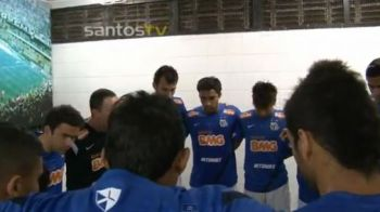 NEBUNIE in Vestiarul lui Neymar! SUPER imagini din Brazilia! Cum se motiveaza jucatorii lui Santos VIDEO