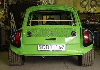 "Masina de care ai ras toata copilaria arata FABULOS! Vezi ce se ascunde sub ""Furia Verde""! SUPER FOTO"