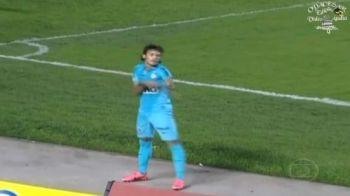 SENZATIONALUL Neymar e de neoprit in Brazilia! VIDEO: Vezi hattrick-ul superb si BOMBA cu care i-a dat mainile peste cap portarului: