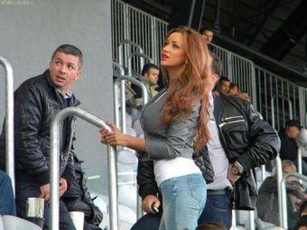 VIDEO! Extrem de sexy, Bianca Dragusanu a innebunit fanii la derby-ul Clujului! Cum s-a aranjat special pentru marele meci: