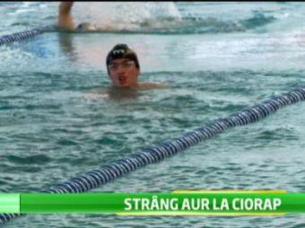 Doi frati din Cluj sunt speranta Romaniei la natatie la jocurile paralimpice! Cu deficienta de vedere, fratii Ciorap vor fi cei mai tineri participanti la Londra! VIDEO