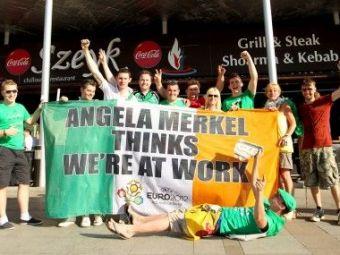 EUROBLOG, ZIUA 15 | Ei sunt adevaratii campioni: suporterii irlandezi si-au vandut un steag de la Euro cu 20.000 €!