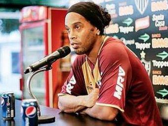 CE GAFA! Ronaldinho isi da palme cand se gandeste cat de PROST a fost! Tampenia care il costa o avere: