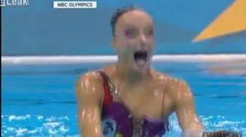Moment HORROR la Olimpiada! Copiii din sala au inceput sa planga! Monstrul din Loch Ness a fost gasit in bazinul olimpic din Londra:) VIDEO