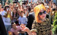 Foarte tare :)) Copos era sa o dea afara din hotel pe Lady Gaga! Vezi cum l-a socat pe patronul Rapidului si cum l-a pacalit artista: cerinte fabuloase!