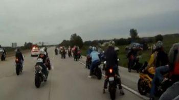 50 de motociclisti furiosi au fugit in secunda in care au vazut prima masina de politie! Crezi ca au scapat? VIDEO INCREDIBIL: