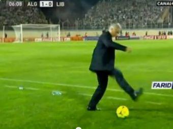 Antrenorul care ii clasa lui Mutu! Dupa faza asta, jucatorilor le-a fost rusine ca ei nu pot sa jongleze asa! Ramai interzis dupa schema asta! VIDEO