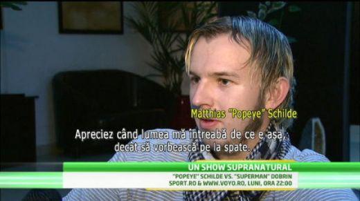 Popeye a ajuns in Romania! Lumea se strange deja ca la urs sa se uite la bratul lui! VIDEO