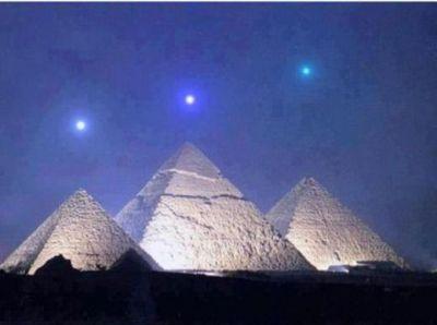 """Mai tare decat """"orice sfarsit al lumii"""" :) Traim un moment MAGIC azi, 3 decembrie! De 2.737 de ani asteapta omenirea asta:"""