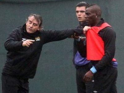 INCREDIBIL! Mancini S-A BATUT CU Balotelli la antrenament! Cei doi au fost despartiti cu greu! FOTO SOCANT