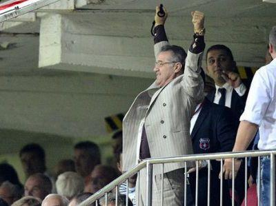 """Lui Gigi i se cere un atacant: """"Fa-o pentru suporteri! Steaua nu mai pierde titlul!"""" Cine lauda REFUZUL lui Becali de a-i vinde pe Chiriches, Tanase si Tatarusanu!"""