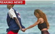 Scene EROTICE pe plaja! Rihanna a fost dezbracata de catre Chris Brown! Rapperul ii pregateste un super cadou: FOTO