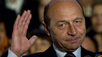 VIDEO: Basescu a avut dreptate! Iarna e ca vara, iarVW are dovada.Descoperirea a fost facutain mijlocul Oceanului.