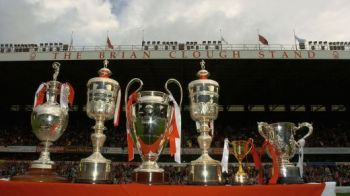 Prima echipa INVINCIBILA! Se antrenau alaturi de VACI dar au umilit-o pe Man United! Povestea unei echipe UNICE in fotbal cu mai multe trofee europene decat titluri!