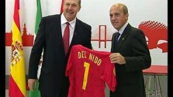 Gest SUPERB al unui club din Spania pentru un ROMAN! Acum 27 de ani reusea o performanta incredibila, azi a primit cel mai frumos cadou! Ce decizie au luat oficialii Sevillei: