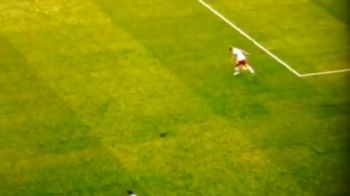 Un fotbalist a fost atacat de o FANTOMA pe teren! Faza INEXPLICABILA in drumul spre Mondial
