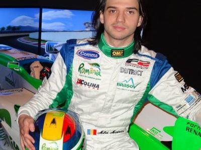 Mihai Marinescu concureaza in acest sezon de World Serie by Renault - Formula 3.5