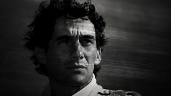 VIDEO Au trecut 19 ani de la moartea celui mai mare PILOT din istoria F1! Imagini EMOTIONANTE cu marele Senna! Momentul fatal al accidentului:
