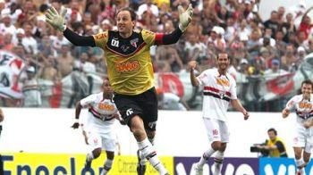 GOOOOL Rogerio Ceni! Cel mai nebun portar din istoria fotbalului a reusit un gol MAGIC: si-a distrus rivalul cu o PANENKA perfecta! VIDEO