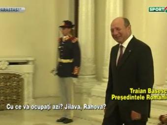 Fix o secunda s-a gandit Basescu la gratierea lui Becali :) GESTUL facut de presedintele Romaniei spune totul! VIDEO