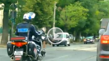 VIDEO: Un politist a vrut sa-l opreasca pe MM in trafic dupa petrecerea Stelei, insa acesta l-a ignorat! Cum se apara MM si ce risca sa pateasca: