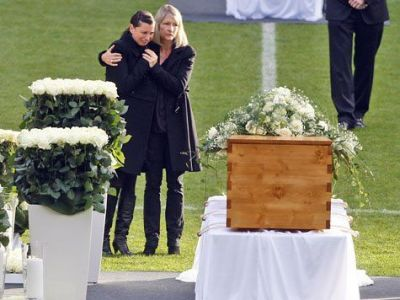 """""""Eu nu cred ca mai joc meciul asta"""" CUTREMURATOR! S-a sinucis inainte de Mondial intr-un mod cumplit! Tragedia omului care a plecat in lacrimi de la Barcelona"""