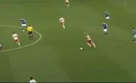 VIDEO Gol senzational: A driblat doi adversari si a MARCAT de la 65 de metri! Portarul nu a mai putut face nimic!