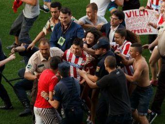Moment fara precedent in fotbal! David Villa, atacat de fani la prezentarea la Atletico! Ce s-a intamplat e halucinant: VIDEO