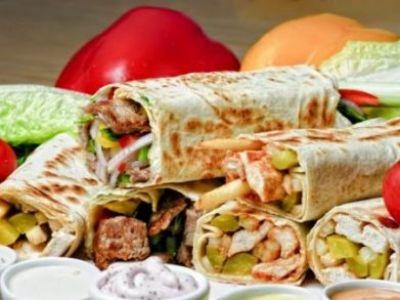 """""""E incredibil ce pun in Shaorma"""" Englezii, oripilati la auzul ultimelor dezvaluiri! Ce fac patronii de Fast Food pentru a avea profit mai mare:"""