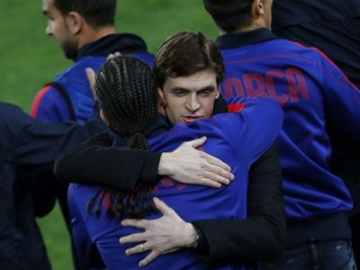 Lacrimi in vestiarul Barcei! Messi, Puyol si Xavi au primit o ULTIMA lectie de la Tito! Cuvintele EMOTIONANTE ale antrenorului: