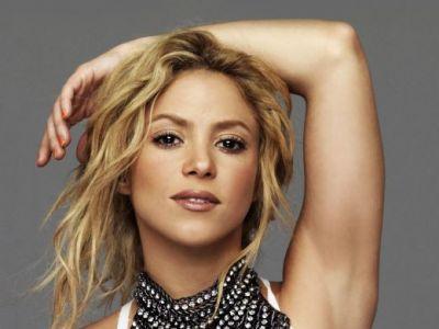 Ai, MAMACITA! :) Pique petrece in Hawaii alaturi de Shakira, Messi trage tare la antrenamente! Aparitia HOT cu care sotia fundasului i-a dat gata pe toti: FOTO